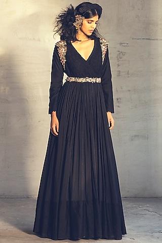 Black Embroidered Anarkali Set With Belt by Parul & Preyanka