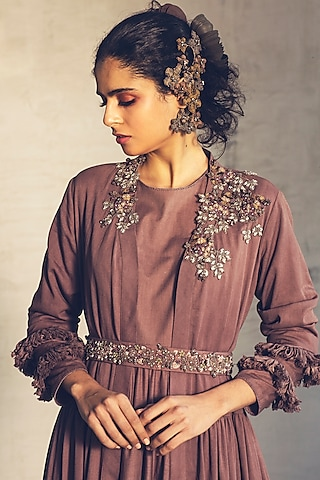 Peach Embroidered Jacket Set by Parul & Preyanka