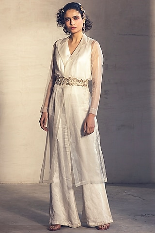 White Embroidered Jumpsuit With Trench Jacket & Belt by Parul & Preyanka