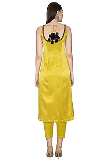 Yellow Embroidered Kurta Set by Priyal Prakash