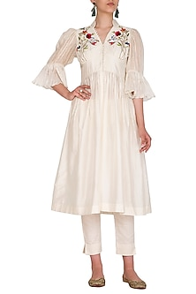 Ivory Embroidered Tunic With Pant by Priyanka Jain