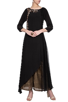 Black embroidered long kurta with pants by Priyam Narayan