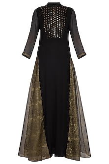 Black embroidered chiffon kurta with pants by Priyam Narayan