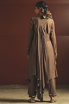 Brown Embroidered Tunic With Pants by Priyanka Singh