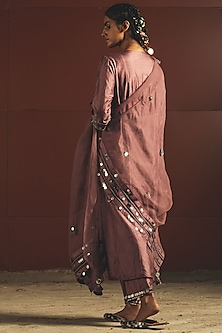 Mauve Embroidered Kurta Set by Priyanka Singh