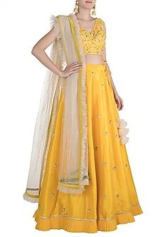 Yellow Embroidered Lehenga Set by Amota by Priti Sahni
