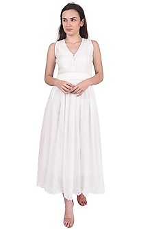 White Midi Dress With Lace by Pinnacle By Shruti Sancheti