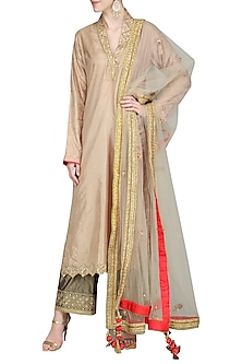 Beige Embroidered Kurta Set by Priyanka Singh