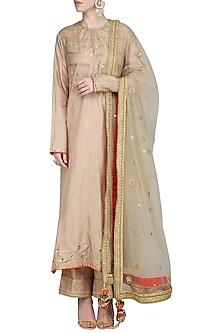 Beige Resham Embroidered Kurta Set by Priyanka Singh
