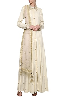 Off White Embroidered Collared Anarkali Set by Priyanka Singh