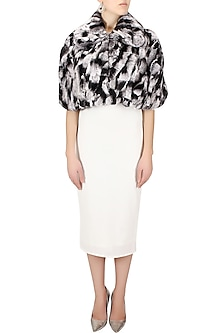 Black and white shaded short cape by Platinoir