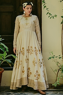 White Embroidered & Printed Anarkali Set by Purple Panchi