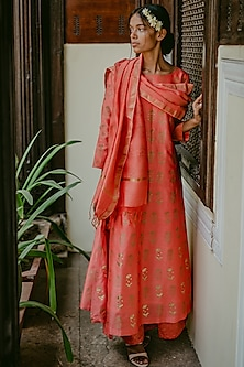 Red Floral Printed Kurta Set by Purple Panchi