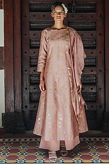Powder Pink Printed Kurta Set by Purple Panchi