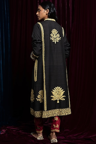 Charcoal Embroidered Kurta With Red Pants by Payal Pratap