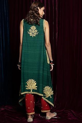 Green Embroidered Kurta With Burgandy Pants by Payal Pratap