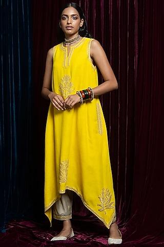Yellow Embroidered Kurta With Beige Pants by Payal Pratap
