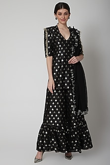 Black Sharara Set With Floral Detailing by Payal Singhal