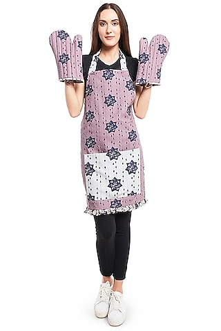 Grey & Purple Printed Apron With Oven Mittens by Payal Singhal