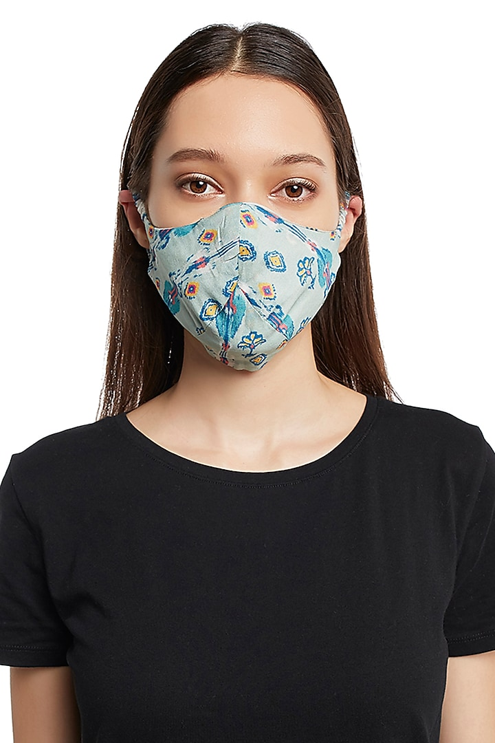 White & Blue Reversible Printed 3 Ply Mask With Pouch by Payal Singhal