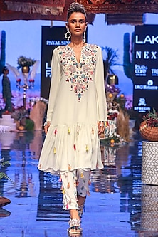 Chalk White Embroidered Kurta With Jogger Pants by Payal Singhal