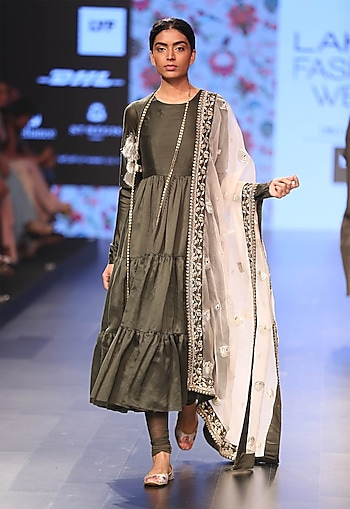 Moss green tiered anarkali with blush embroidered dupatta by Payal Singhal