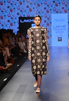 Gunmental grey embroidered kurta with grey churidaar pants by Payal Singhal