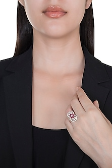 18kt Yellow gold floral ruby and diamond circle ring by Qira Fine Jewellery