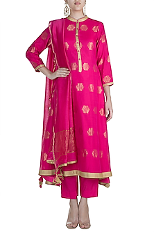 Fuchsia Chanderi Kurta Set by RAR Studio