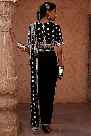 Black Embroidered Pre-Stitched Saree Set by Reeti Arneja