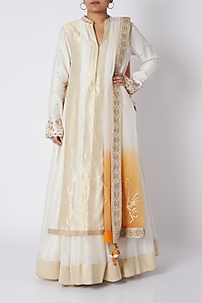 White & Golden Embroidered Kurta Set by RAR Studio