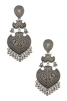 Silver Patra Heartshaped Earrings by Ranakah