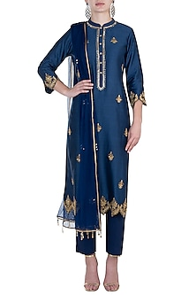Indigo embroidered kurta set by RAR STUDIO
