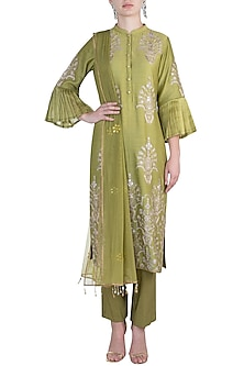 Olive embroidered kurta set by RAR STUDIO