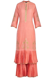 Pink embroidered kurta set by RAR STUDIO