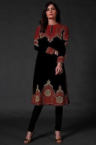 Black Machine & Hand Embroidered Kurta Set by Rohit Bal