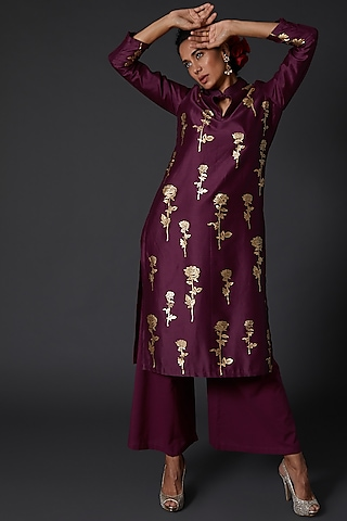 Wine Block Printed Kurta Set by Balance by Rohit Bal