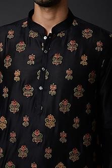 Black Embroidered Kurta Set by Rohit Bal Men