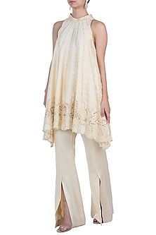 Ivory Embroidered Kurta Set by Rebecca Dewan