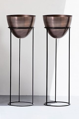 Antique Copper & Black Planters (Set of 2) by The Decor Remedy