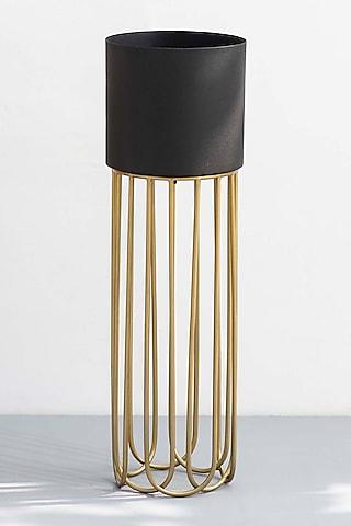 Gold & Velvety Matt Black Planter by The Decor Remedy