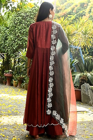 Rust Embroidered Kurta Set by Rekha