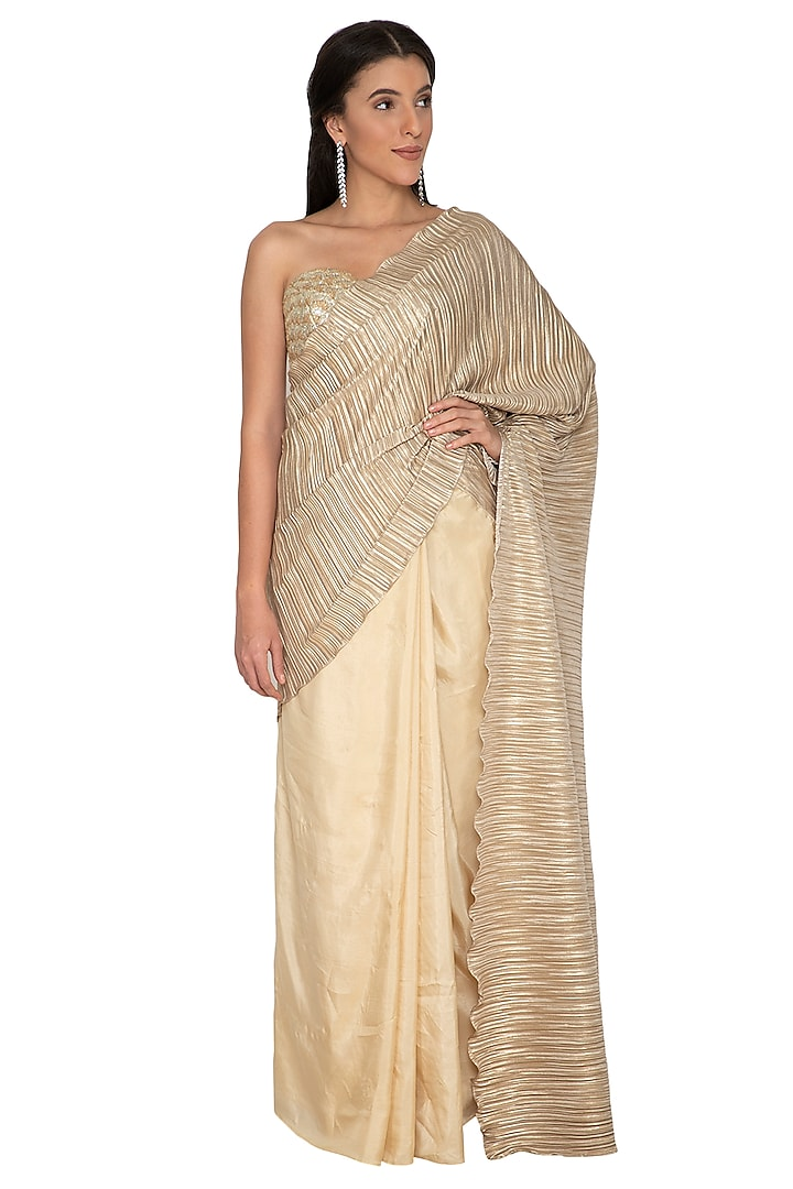 Gold Embroidered Metallic Saree Set by Renee Label