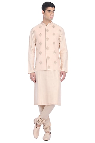 Light Pink Kurta Set With Waist Jacket by Rohit Gandhi & Rahul Khanna Men