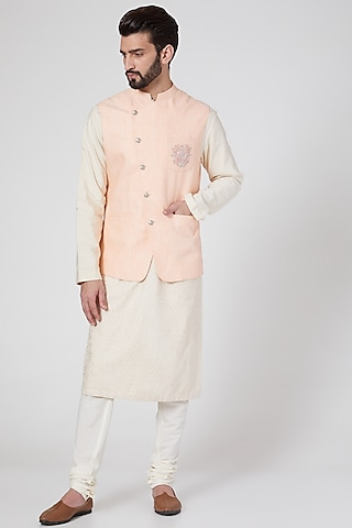 Peach Embroidered Waist Jacket by Rohit Gandhi & Rahul Khanna Men
