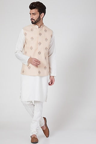 Peach Motifs Embroidered Waist Jacket by Rohit Gandhi & Rahul Khanna Men
