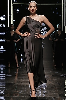 Planetary Asymmetric Dress by Rohit Gandhi & Rahul Khanna