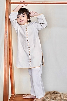 White Hand Embroidered Kurta Set by The Right Cut Kids