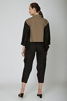 Black Engineered Cropped Pants by Ritesh Kumar