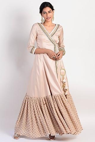 Peach Embroidered & Flared Anarkali Set by Rishi & Vibhuti